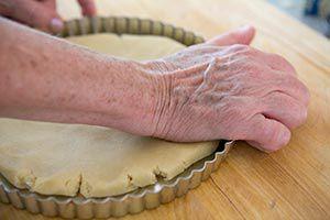 caramelized-pecan-tart-1