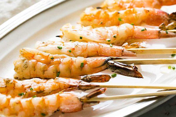 Grilled Garlic Shrimp Skewers