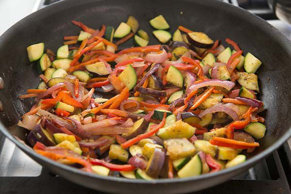 vegetables for primaver pasta in skillet