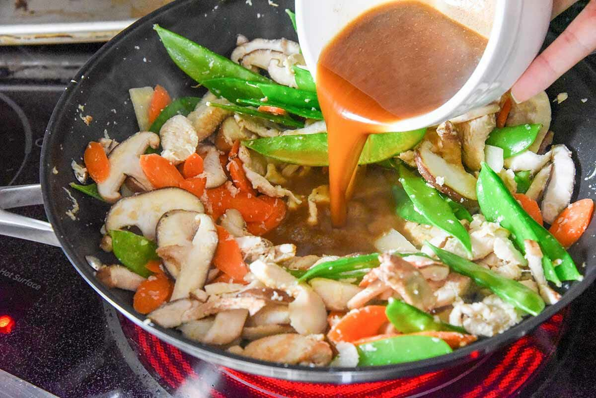Easy Moo Goo Gai Pan Recipe add the sauce