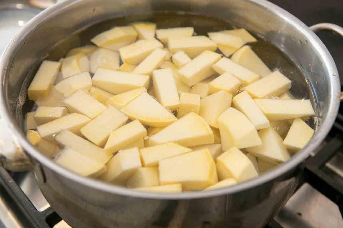 boiling rutabaga