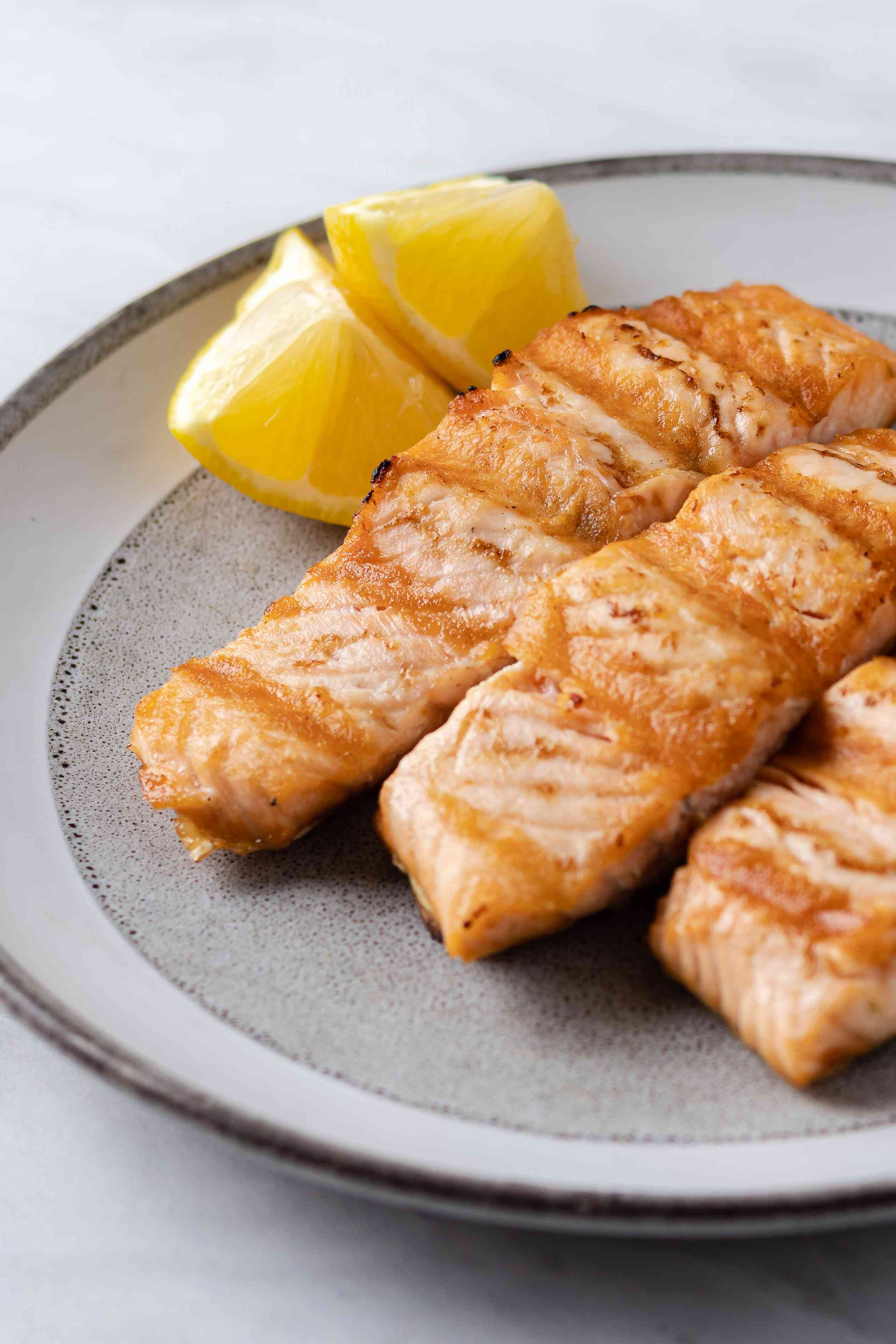 A plate of grilled salmon recipe.