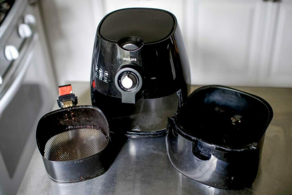 The pieces of an air fryer