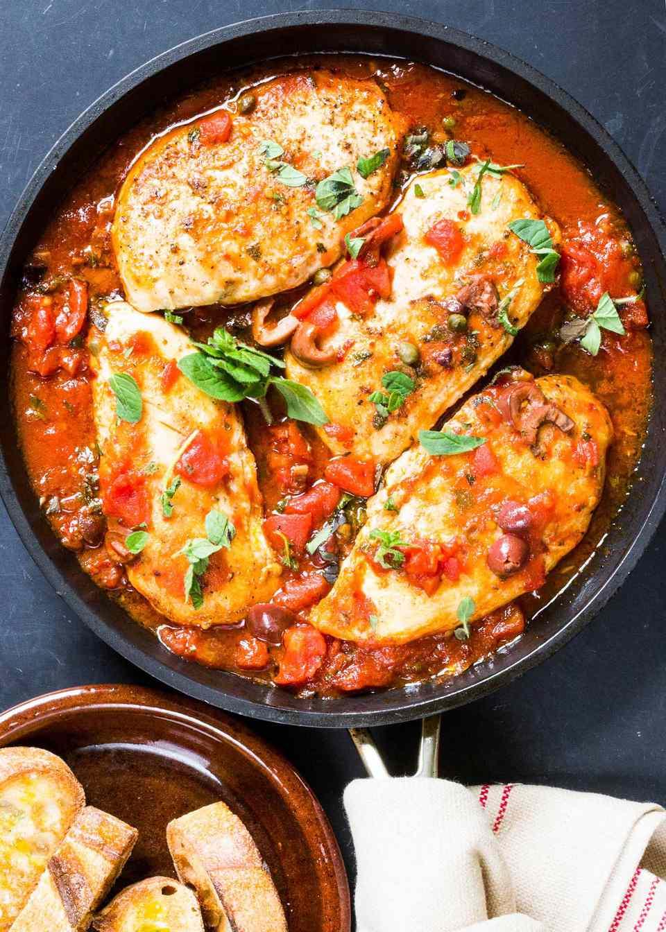 Skillet Chicken Puttanesca