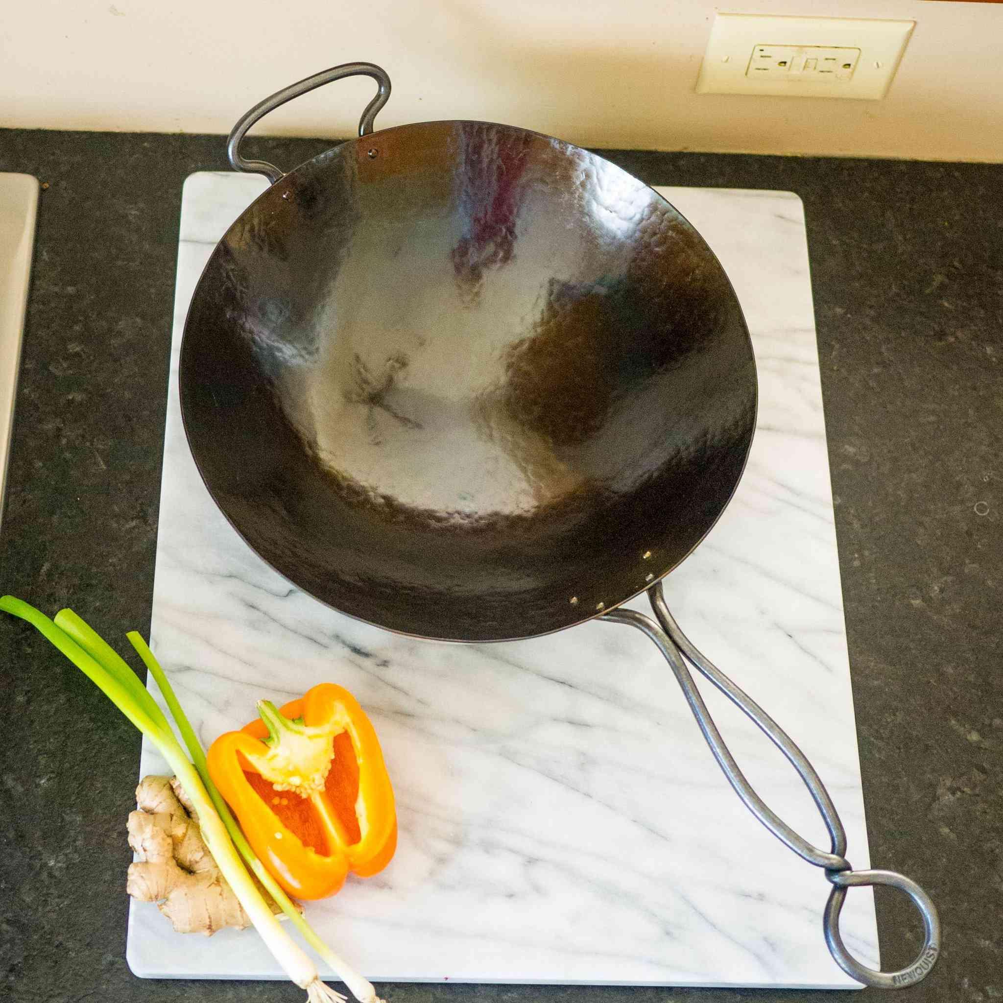 newquist-forge-hand-hammered-wok