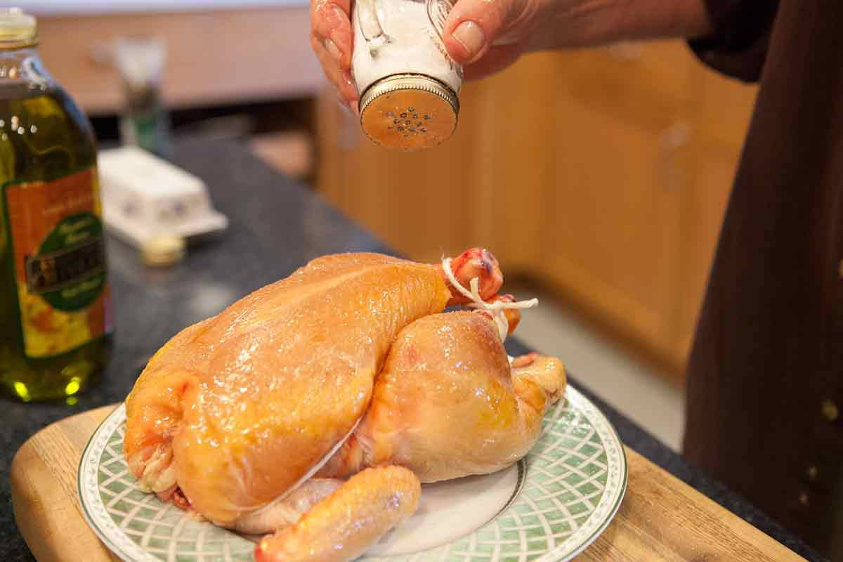 Cooking a whole chicken - roasted chicken and vegetables