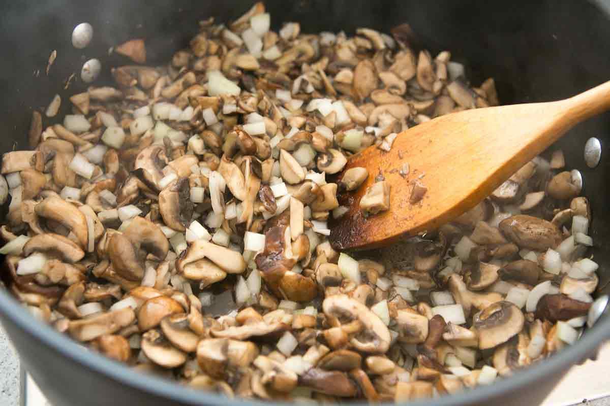 Vegetarian Lasagna recipe Adding onions to mushroom mix for veggie lasagna