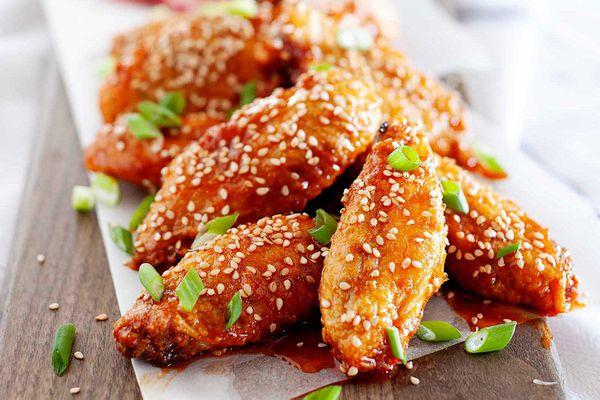 Air Fryer Chicken Wings on a Platter