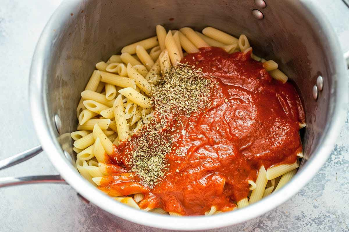 Pasta with Pepperoni toss the pasta with oregano and sauce