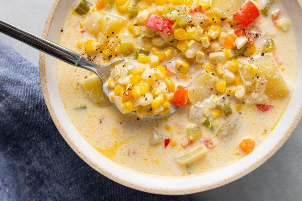 Potato corn chowder recipe with bacon in a bowl