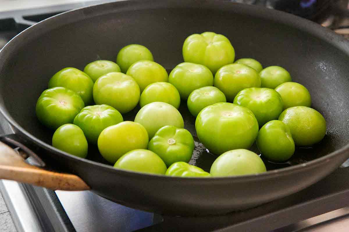 pan roast tomatillos for salsa verde