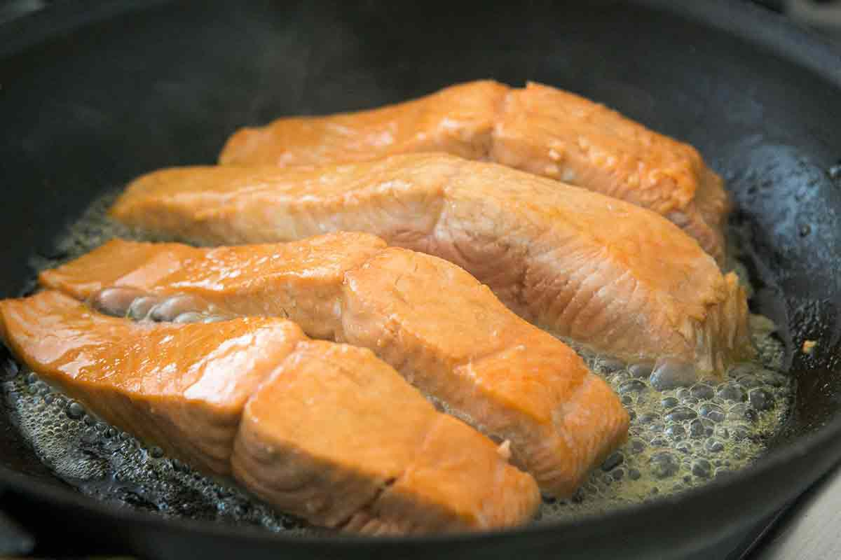 How to cook glazed salmon recipe on stovetop