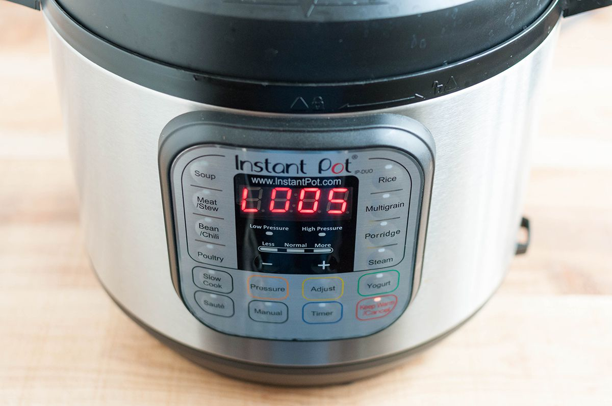 Instant Pot Hard Boiled Eggs - natural release for 5 minutse