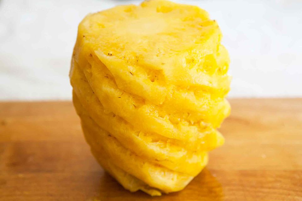 Best way to cut a pineapple