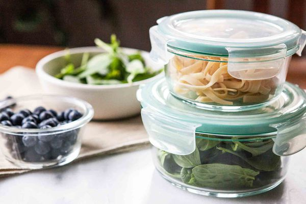 Food Storage Containers - Round glass containers for easy reheating