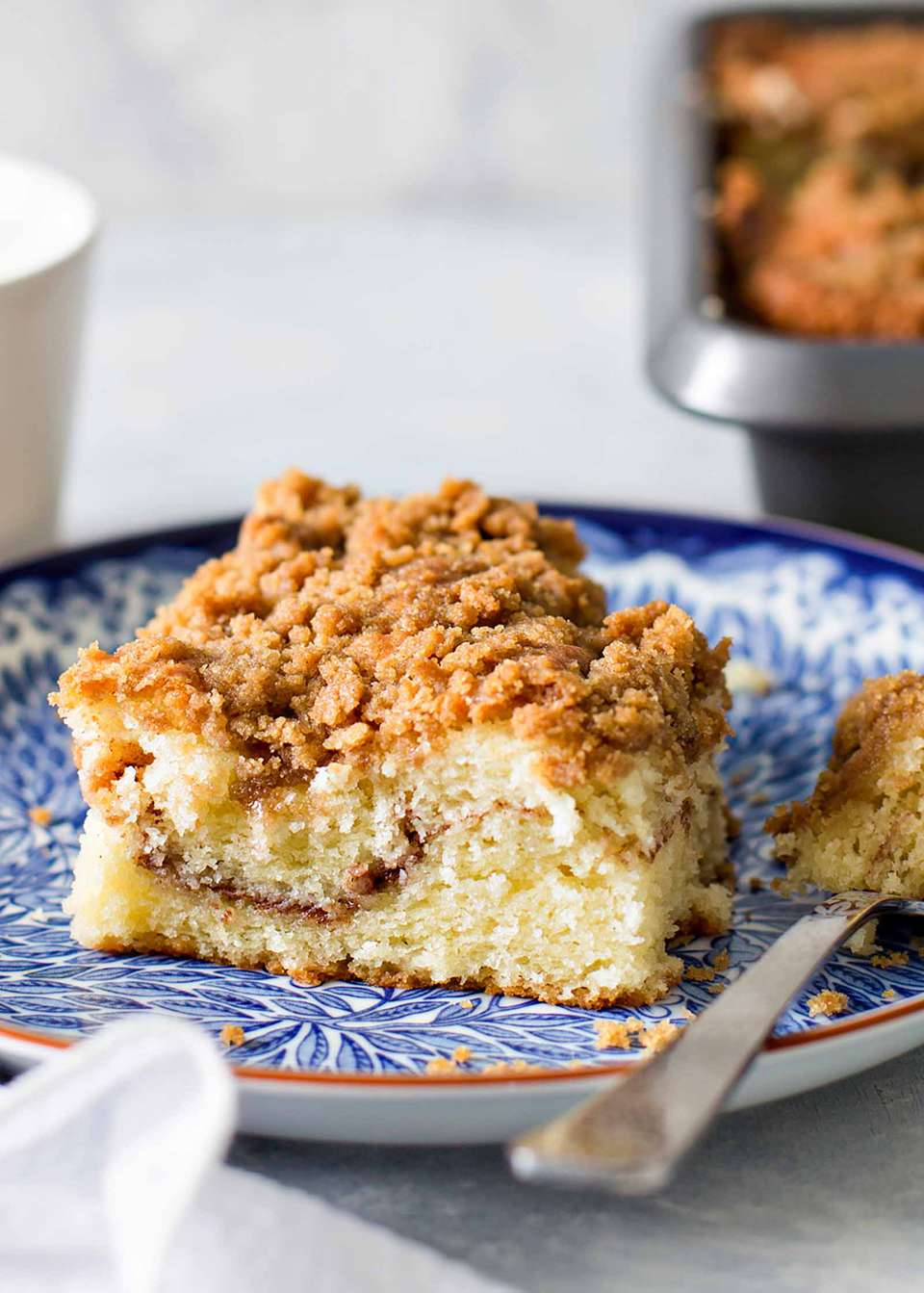 Easy Coffee Cake Recipe - coffee cake on blue plate