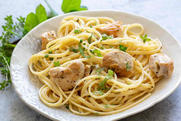 Chicken Pasta with Thyme and Mint