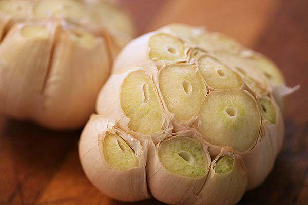 roasted-garlic-method-600-2