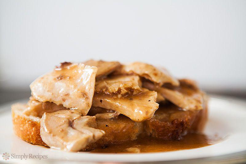 Open Faced Turkey and Gravy Sandwich