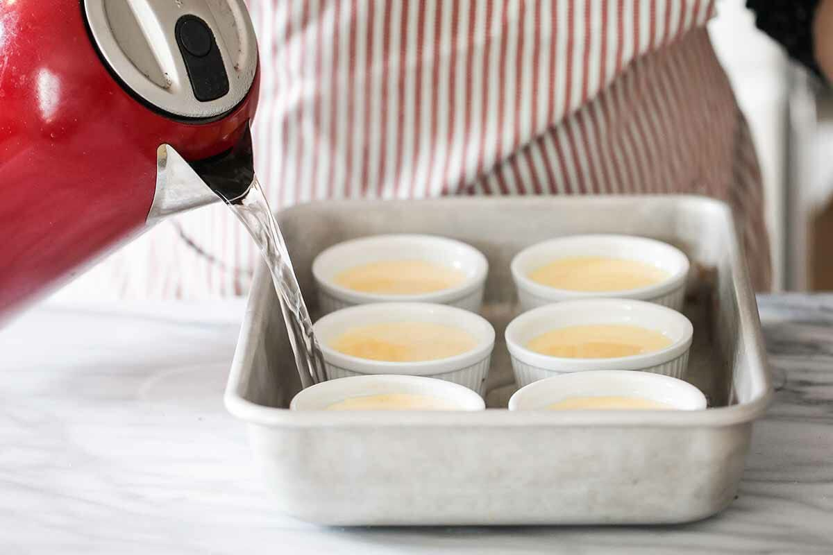Easy Creme Brulee Recipe hot water bath