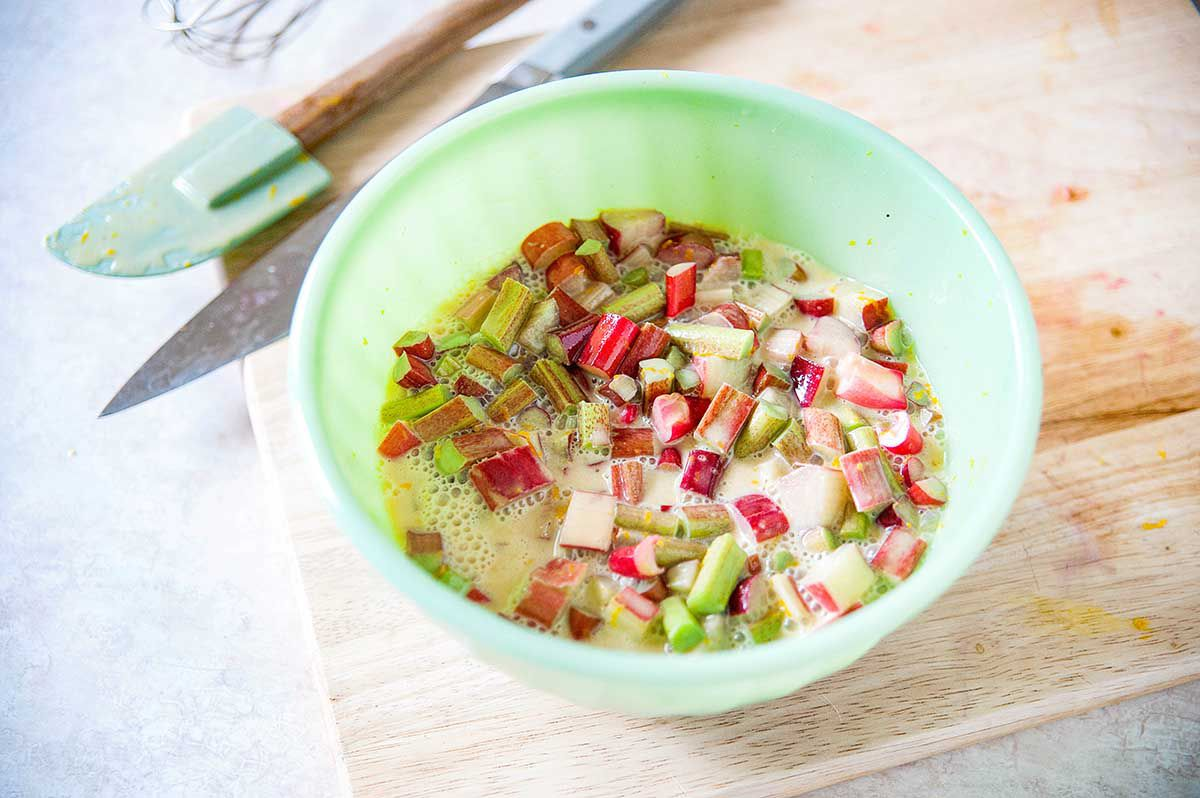 Easy Rhubarb Custard Pie - rhubarb and custard in bowl