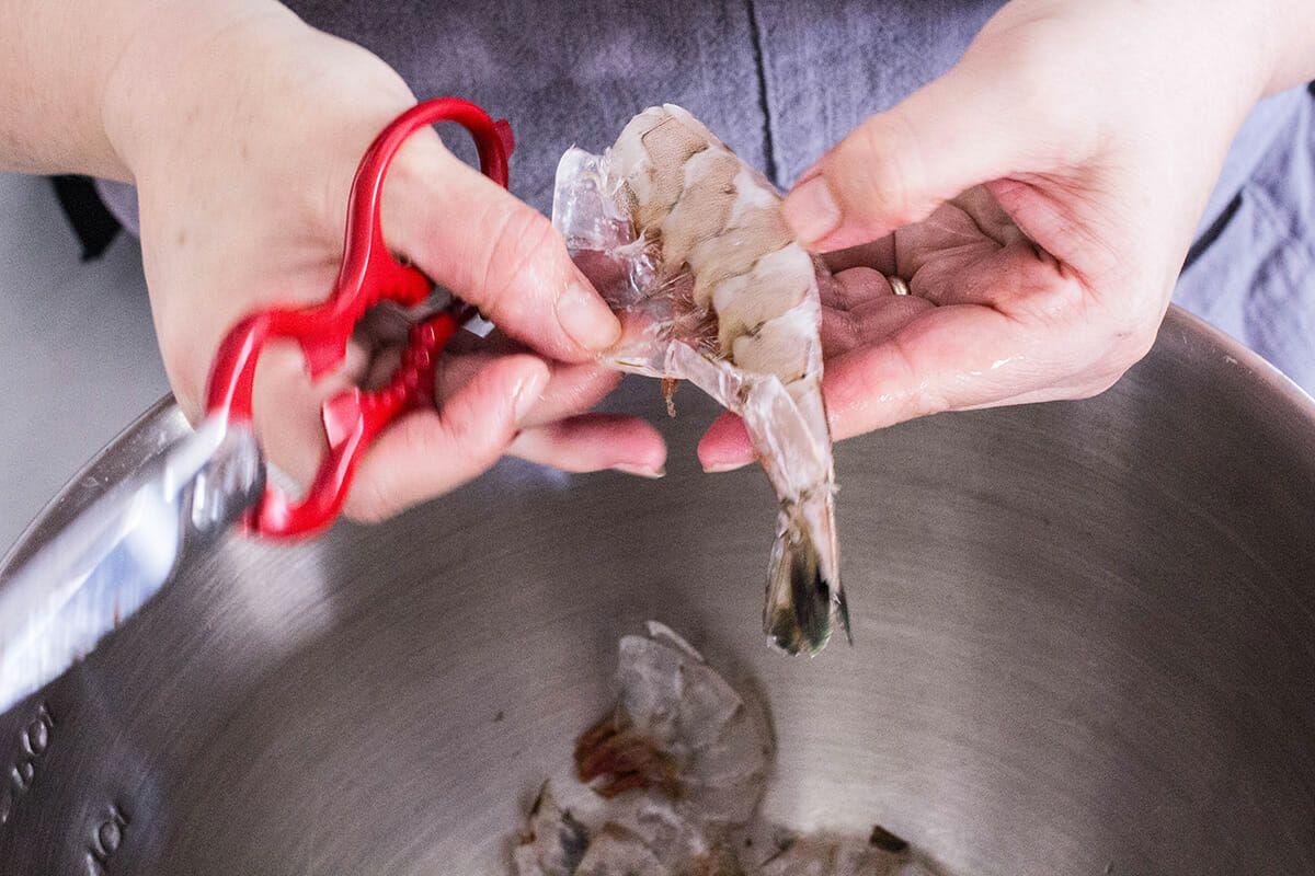 Taco Bowls with Grilled Shrimp recipe peel the shrimp