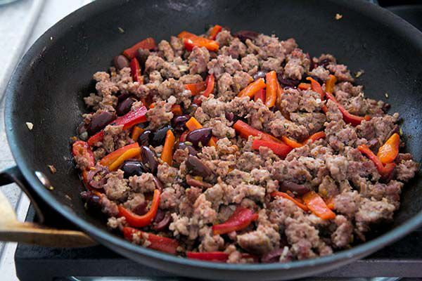 pasta-sausage-tomatoes-peppers-method-2